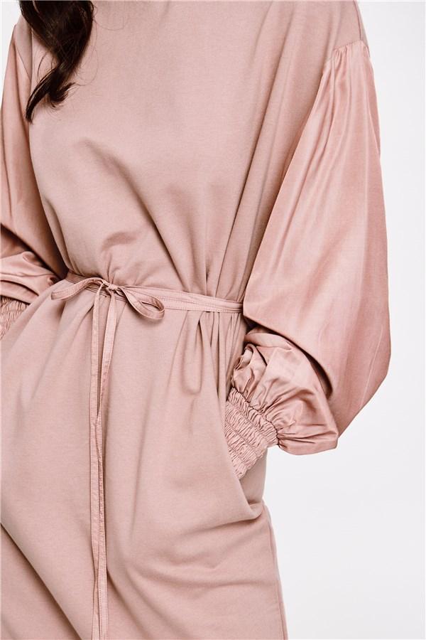 乾燥玫瑰皺褶高領洋裝