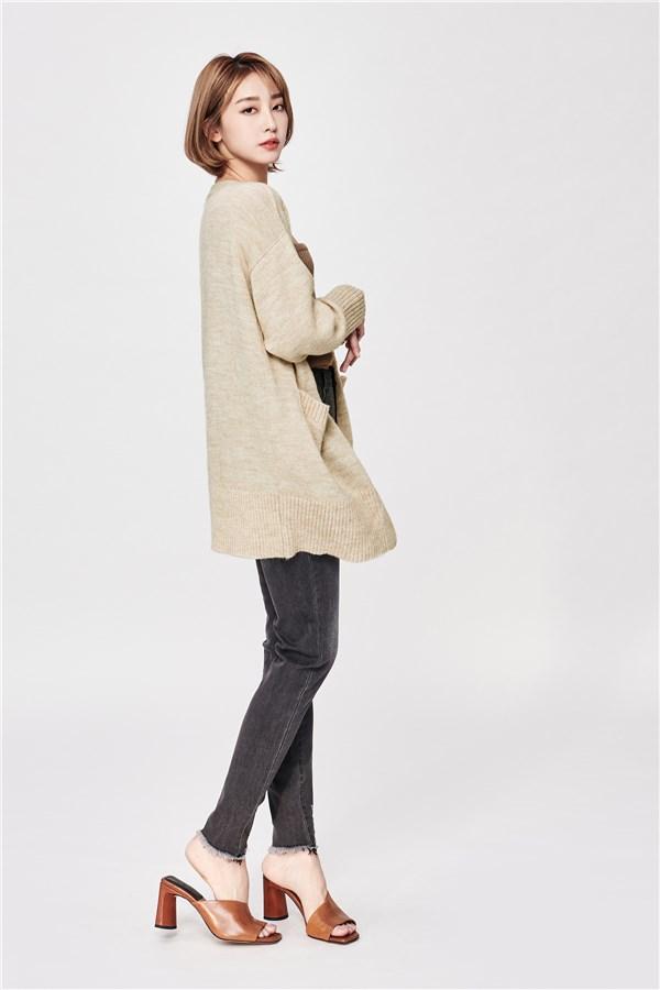 柔膚羊毛針織外套